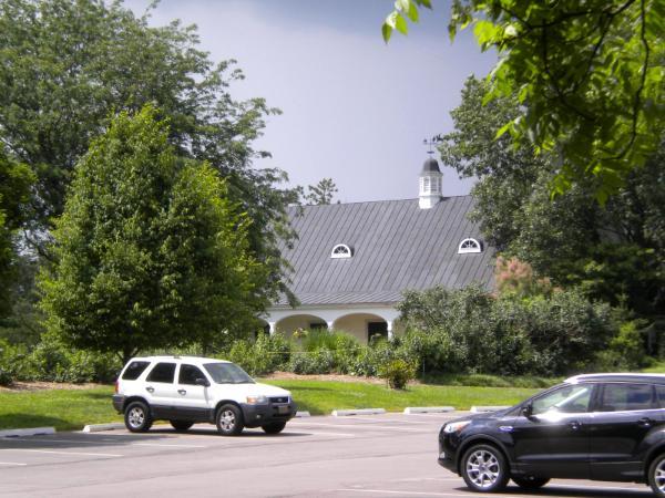 Queeny Barn